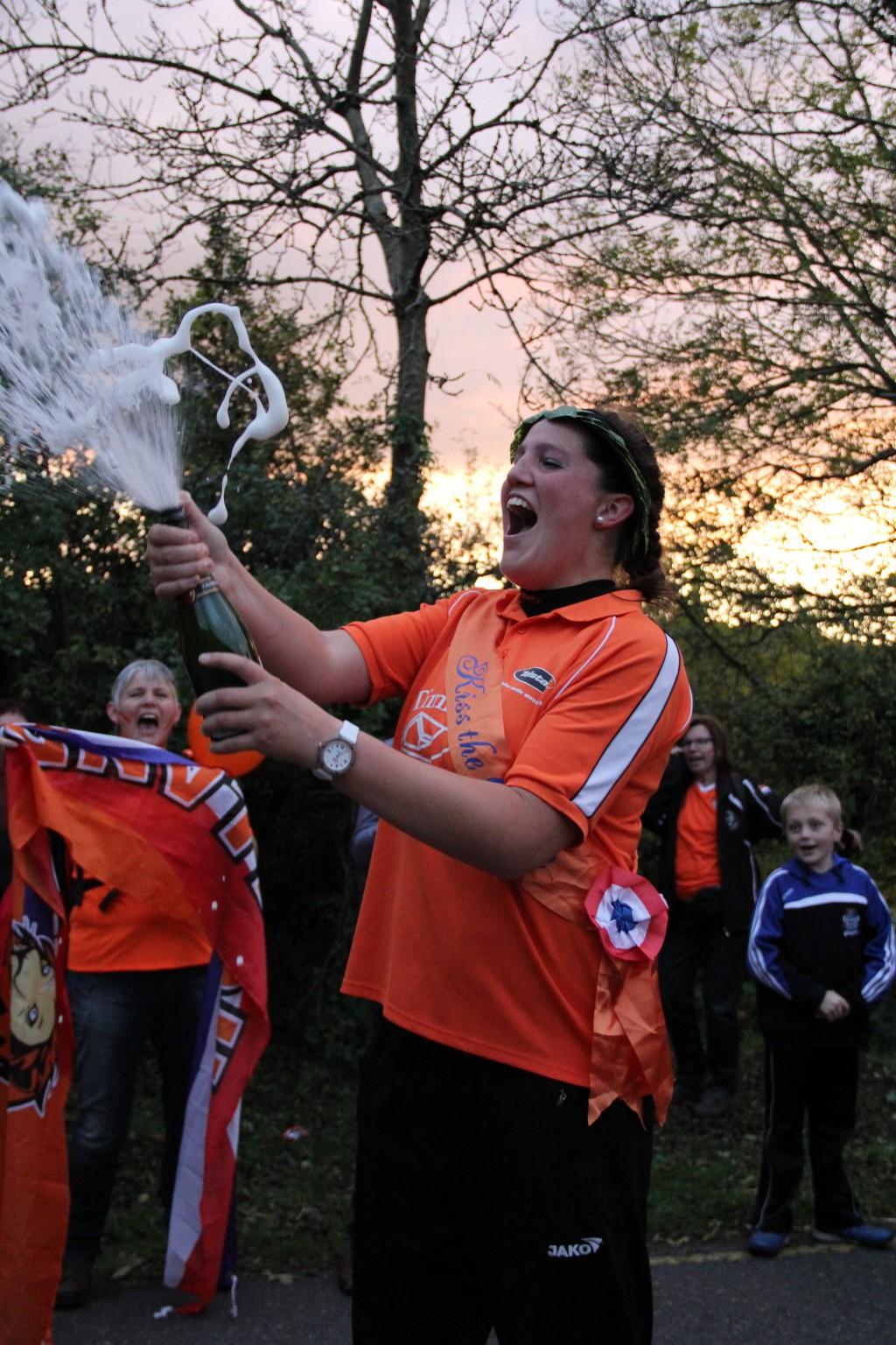 Silke Tulk wint Queenfinale met een nieuw baanrecord!